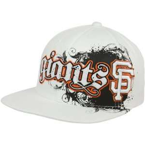 Francisco Giants White Clawson Closer Flex Fit Hat: Sports & Outdoors