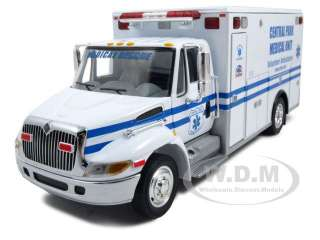 INTERNATIONAL DURASTAR EMS RESCUE TRUCK AMBULANCE 1/34