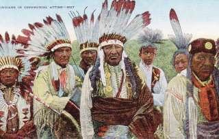 INDIOS AMERICANOS en POSTAL CEREMONIAL de TRAJE   1940s
