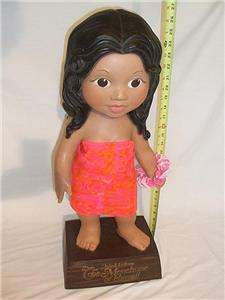 VINTAGE UNITED AIRLINES HAWAIIAN MENEHUNE GIRL, LEI AND CLOTHING