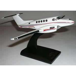 B200 Super King Air (HOUSE COLORS) 1/32: Everything Else