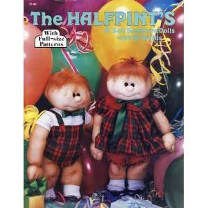 The Halfpints 18 Soft Sculpture Dolls with 16 Outfits