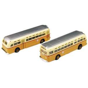 HO Scale GMC TD 3610 Transit Bus 2 Pack   Boston MTA Toys & Games