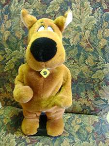 SCOOBY DOO Dancing Doll HTF