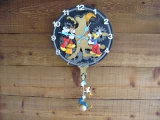 MOUSE GOOFY DONALD DUCK ANIMATED TALKING WALL CLOCK ~WORKS