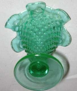 RARE VINTAGE FENTON EMERALD GREEN HOBNAIL TRUMPET FLOWER GARDEN GLASS
