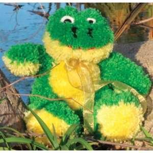 Huggables Animal Frog Latch Hook Kit: Arts, Crafts