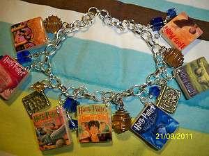HARRY POTTER Book Cover Scrabble Charm Bracelet   Different House