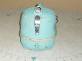 VINTAGE / VTG MID CENTURY / ATOMIC COMPACT CANISTER VAC / VACUUM
