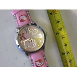 Hello Kitty Quartz Watch Pink Color