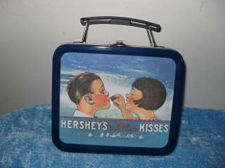HERSHEYS KISSES MINI TIN / LUNCH BOX VERY COLLECTIBLE