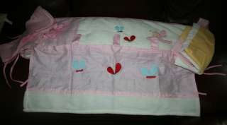 Global Dragons Pink/White Fleece Butterfly Baby Bed 4 Piece Bumper Pad