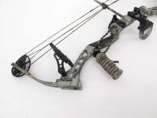 BowTech Diamond Razors Edge Compound Bow With Case RH 24/60