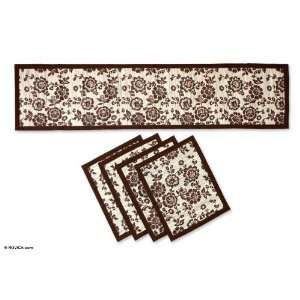 Natural fibers table runner and placemats, Brown Blossom
