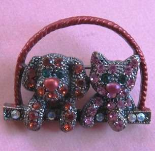 DOG and CAT Puppy Kitten in Basket Pink Gemstones Pin Brooch NEW